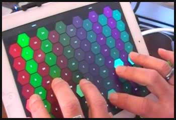 Music for Tablets: UVItouch Ravenscroft 275 Sampled Piano and Beathawk